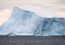 Iceberg A68 © Hubert Neufeld Unplash