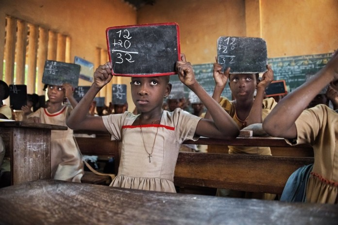 McCurry Togo escuela elemental, 2017