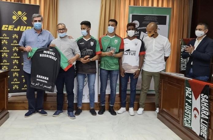 Presentación de la nueva camiseta de fútbol de la selección saharaui