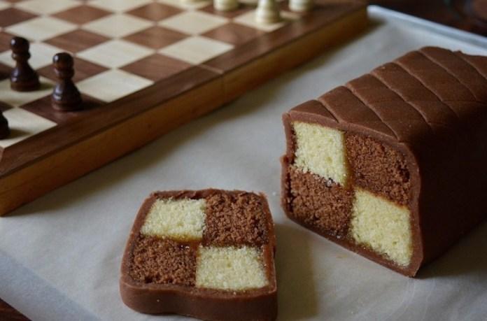 Battenberg Cake chocolate