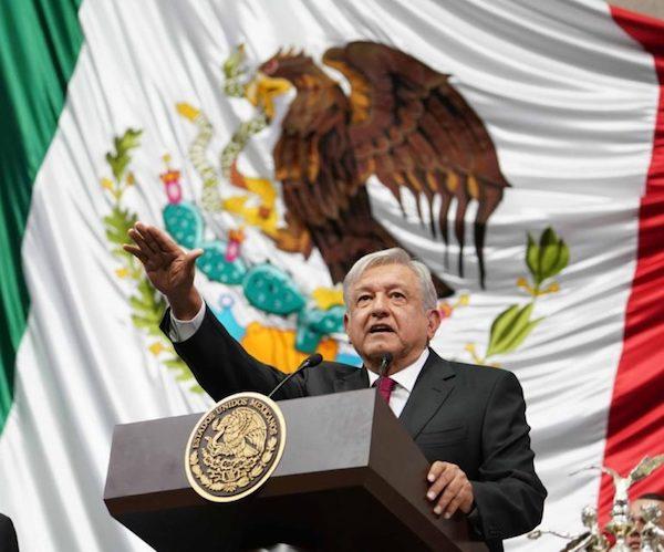 Andrés Manuel López Obrador asume la presidencia de México el 1 de diciembre de 2018