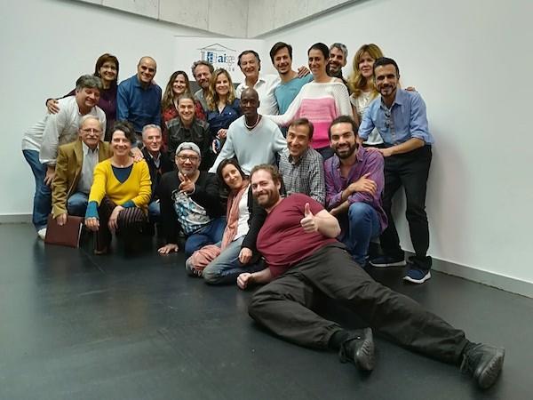 Aisge: foto colectiva de los asistentes al curso de oratoria