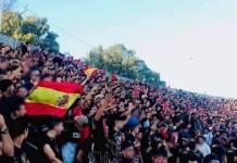Banderas españolas en la grada del Saniat Ramel de Tetuán.