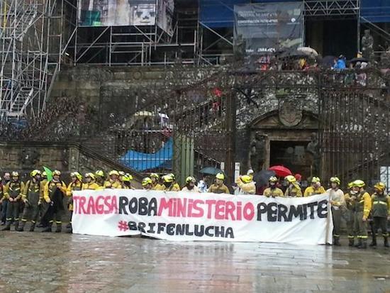 Bomberos-forestales-Santiago