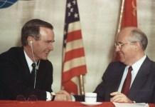 Bush y Gorbachev fin guerra fría
