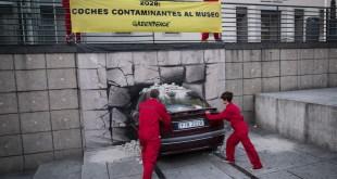 Greenpeace quiere enviar al museo coches diesel y gasolina en diez años