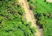 """Fotografía de """"caño"""" excavado en setiembre del 2013 por Nicaragua, extraida de nota de prensa de CRHoy."""