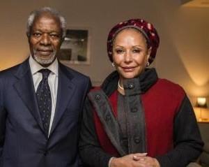 Kofi Annan en un encuentro con Piedad Cordoba