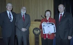 De izq. a dcha.: Carlos E. Paldao, Gerardo Piña-Rosales, Georgette M. Dorn y Luis Alberto Ambroggio Foto: Alberto Avendaño