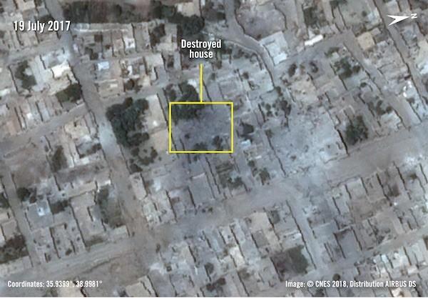 Imagen de satélite que muestra la casa donde murieron siete miembros de la familia Badran en una huelga de la Coalición el 18 de julio de 2017, después de la huelga. Crédito de derechos de autor:© CNES 2018, Distribución AIRBUS DS