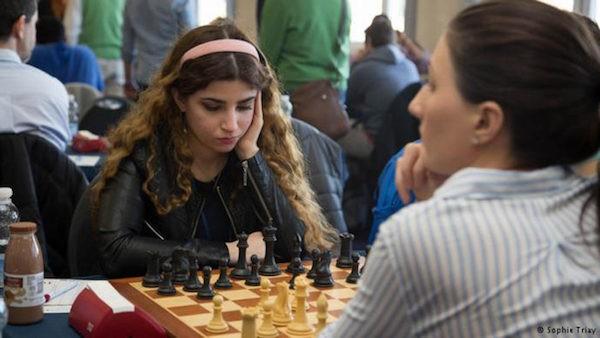 Dorsa Derakhshani en el torneo de Gibraltar.