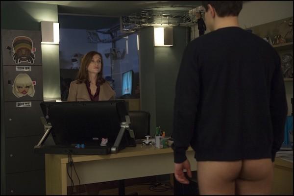 Isabelle Hupert en escenas de Ella