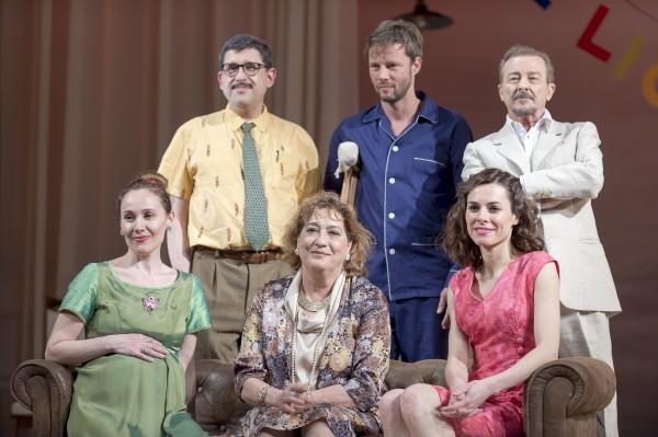 Teatro Reina Victoria. Los protagonistas de La Gata. Foto Montenegro.