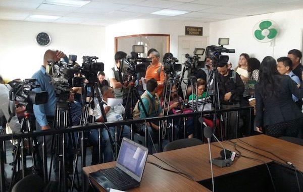Reporteros y periodistas en una rueda de prensa en Guatemala