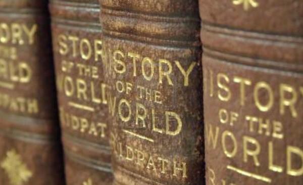 Los historiadores y los libros de Historia