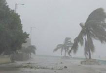 El paso de 'Irma' por la costa norte de Cuba, específicamente en Puerto Padre, provincia de Las Tunas. Foto: Leydis María Labrador / ANDES/ Granma