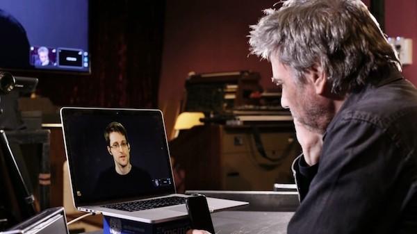 Jarre y Snowden en una videollamada