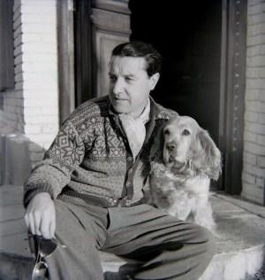 José Suárez con su perro Mambrino en Punta del Este