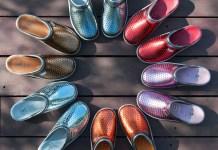 La Nena: zuecos de colores