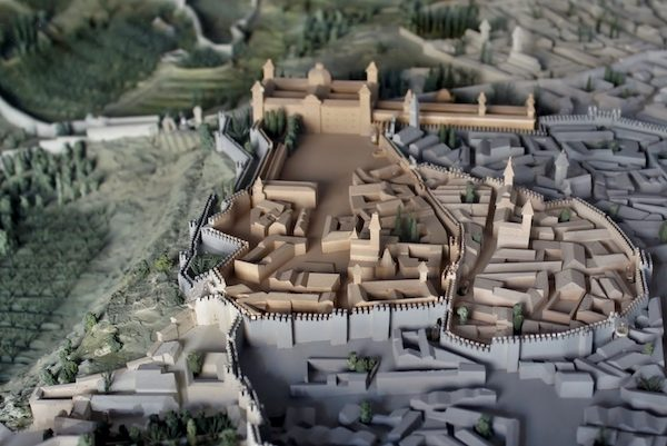 Maqueta del Madrid-Mayrit árabe en el siglo IX