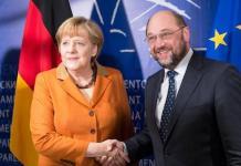 Angela Merkel con Martin Schulz en el Parlamento Europeo