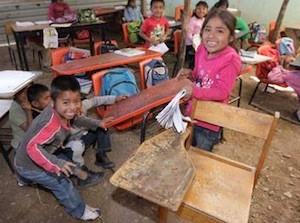 MX4-escuelas-pobres