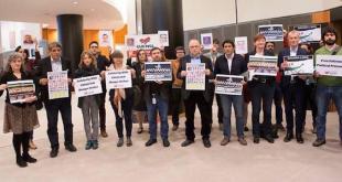 El Intergrupo del Sáhara Occidental del Parlamento Europeo en un acto de solidaridad con los presos saharauis de Gdeim Izik