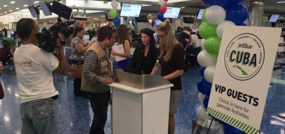 Primer vuelo a Cuba desde EEUU tras 50 años de cancelación