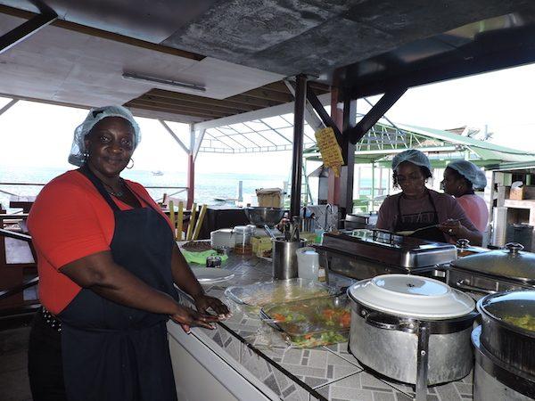 San-Martin-cocineras-Grand-Case