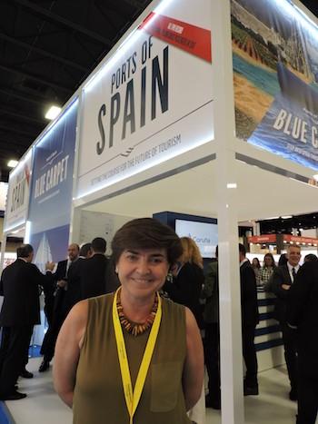 Eva Miquel en el pabellón de España en Seatrade Cruise Global