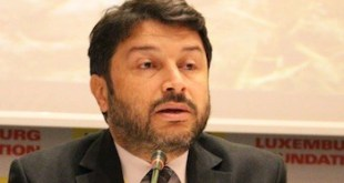 Libertad provisional para el presidente de Amnistía en Turquía Taner Kiliç
