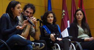 Virginia Felipe (3ªi) con otros diputados autonómicos de Castilla La Mancha.