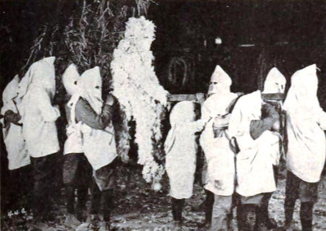 tarring-and-feathering-was-a-tactic-used-by-the-kkk-in-our-own-recent-history-photo-u1