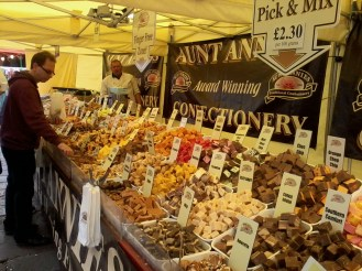 Aunt Annie's Confectionary