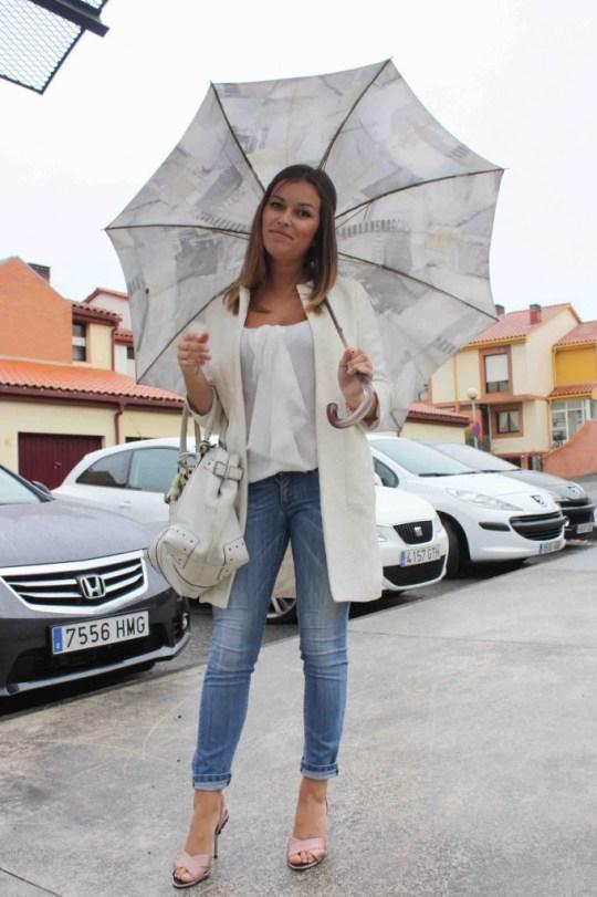 jeans blusa paraguas blog