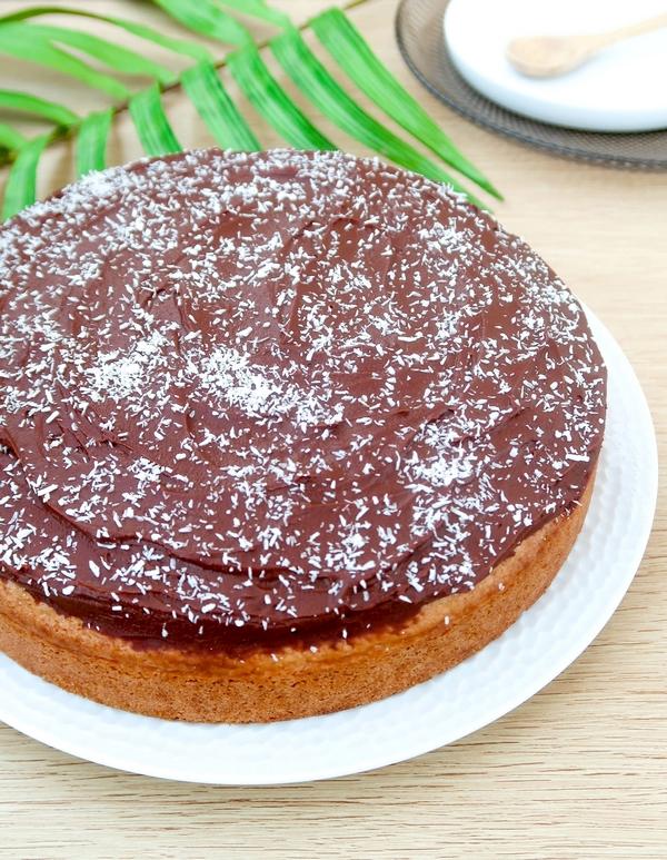 Gâteau à la noix de coco et sa ganache chocolat {vegan}