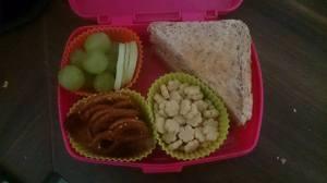 Wieder zu Hause konnte ich nur noch die Lunchbox für den Montag Morgen packen und dann ging es wieder in die Kist, meine Güte war ich müde...