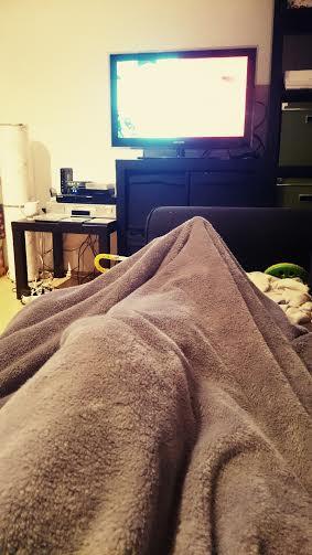 Und jetzt liege ich auf der Couch und gucke ein wenig TV.