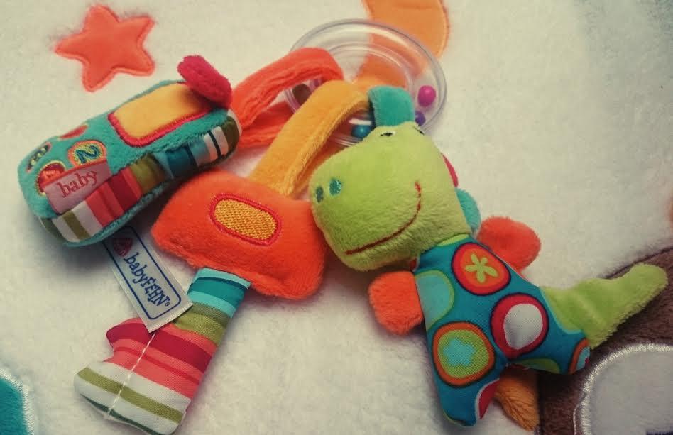 babyspielzeug-schlusselbund-babyfehn