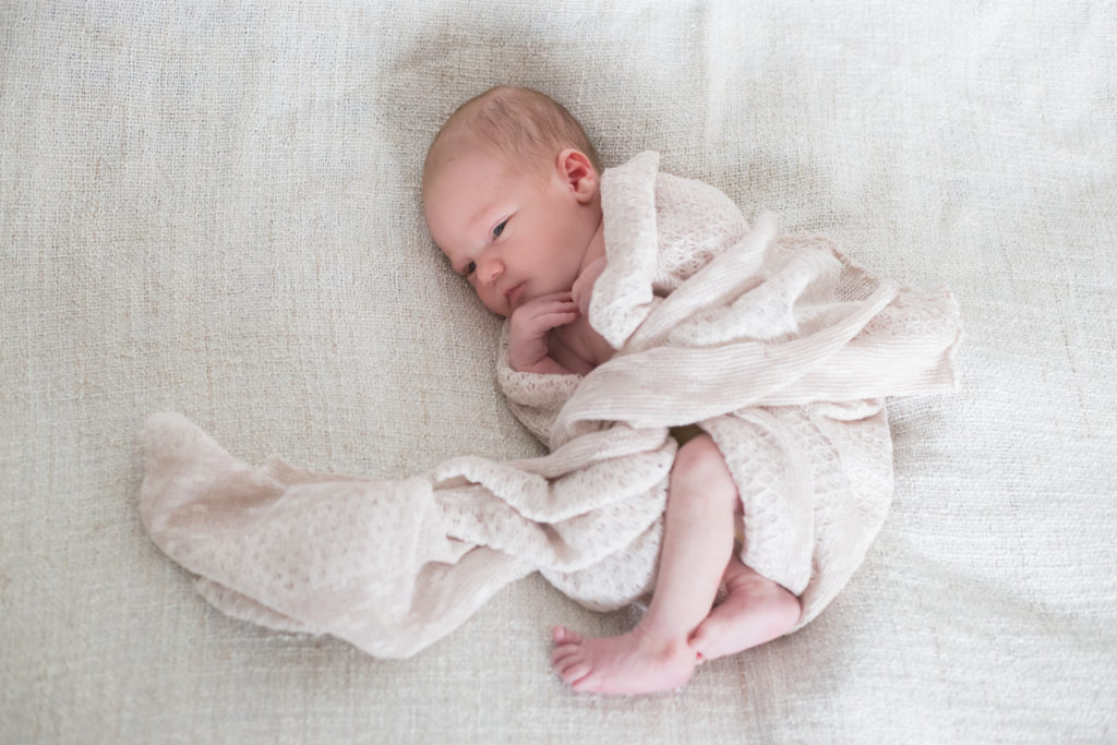 Angela Krebs Fotografie Homestory Neugeborenen-Shooting Perlenmama