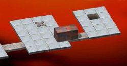 Toczymy granitowy blok po ryzykownym terenie