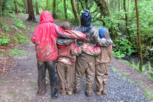 Genitori permacultura bambini Natura Lusi Alderslowe