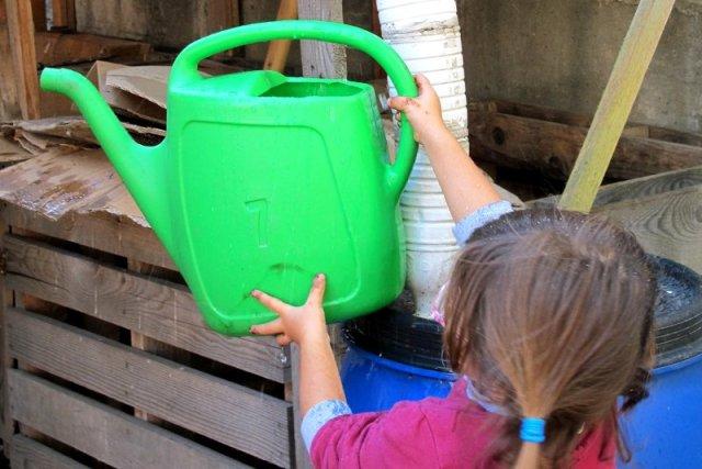 Cattura e conserva energia raccolta delle acque piovane