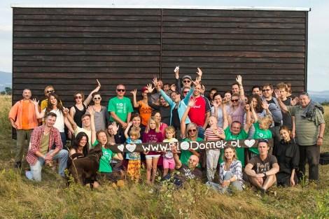 Lato 2016 świętujemy przewiezienie ekologicznego domku - BioDomek, który został postawiony na działce jako ekspozycja czasowa. Mówiliśmy o naturalnej architekturze i czemu jest tak ważne by utrzymywać nasze działania w szacunku dla ziemi i ludzi.