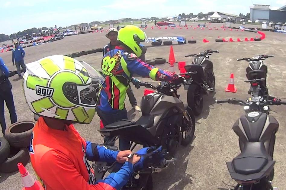 Fun Riding Bareng Wawan Tembong & Instruktur YRA, Skill Tingkat Dewa