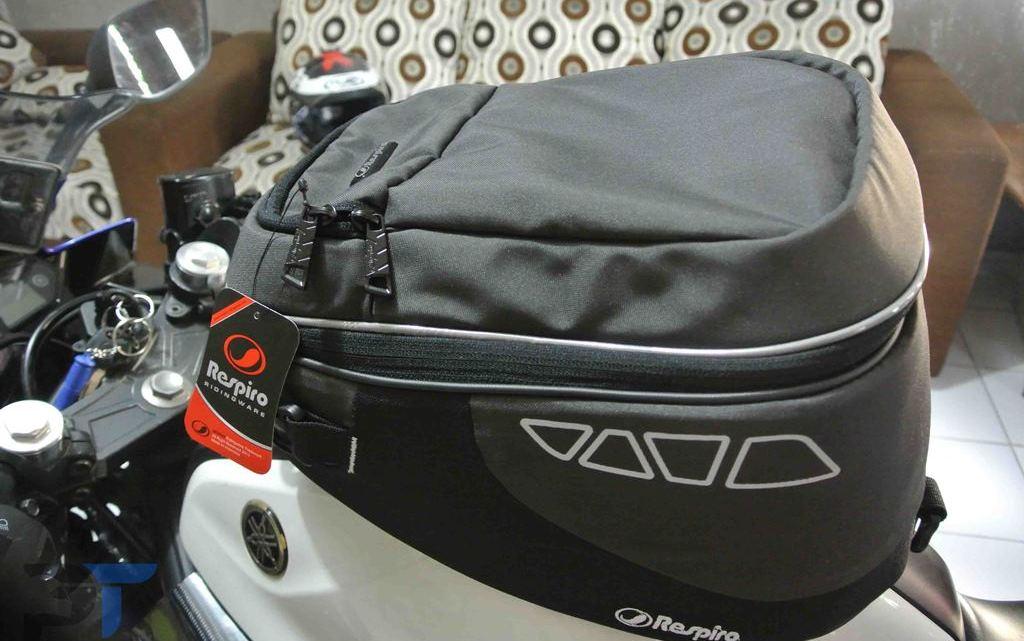 Pengalaman Memilih Tank Bag Untuk Yamaha R25, Tangki Sistem Kondom Menjadi Faktor Penentu Utama.