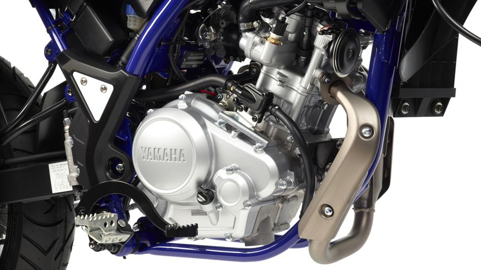 2014-Yamaha-WR125X-EU-Yamaha-Black-Detail-001