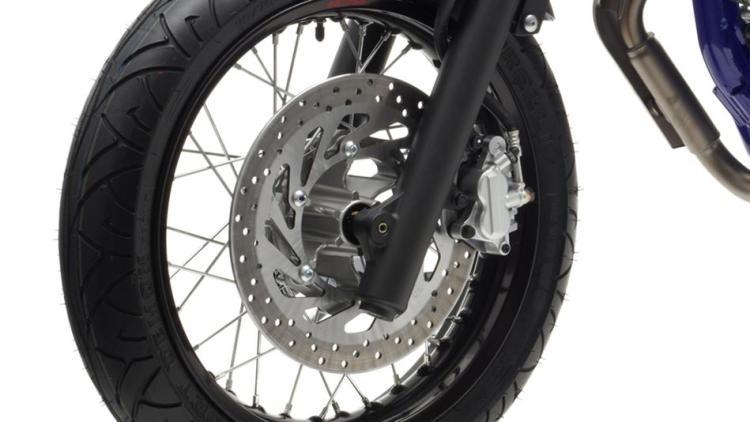 2014-Yamaha-WR125X-EU-Yamaha-Black-Detail-005