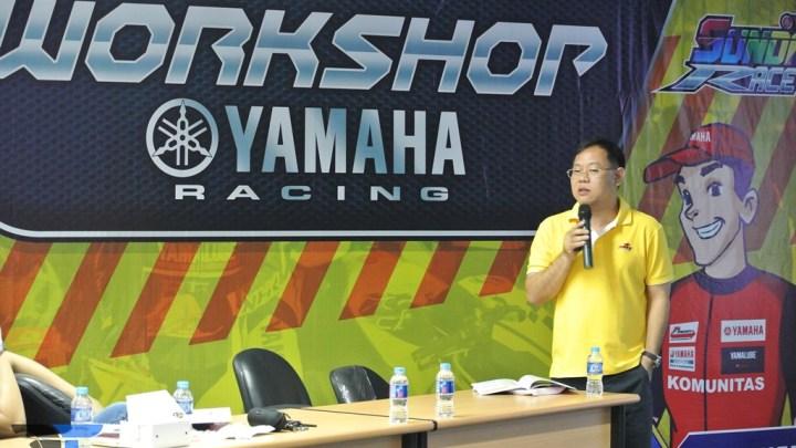 Pak Tomy Huang BRT Turun Langsung Dalam Acara Workshop Yamaha Racing, Dengan Tema Bedah ECU Untuk Komunitas YSR!