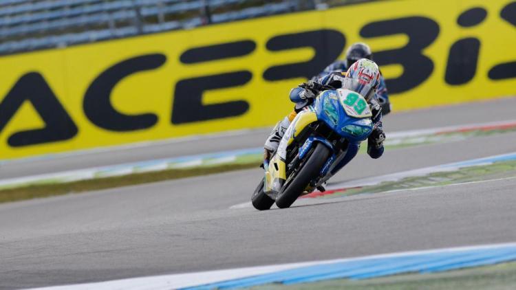 Paolo Grassia diatas Kawasaki Ninja 300, sumber foto: motociclismo
